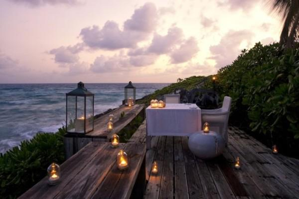 North-Island-Seychely-outdoor-dining