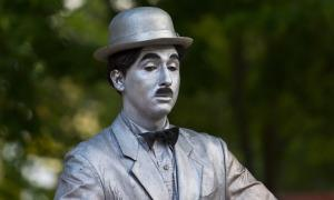 Charlie Chaplin: Samotář, který dobyl svět filmu