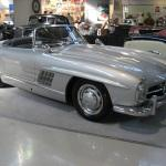 Mercedes-Benz_300_SL_Roadster_at_the_Old_Time_Show_in_Italy