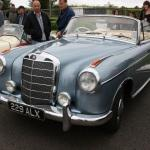 Nice_old_Mercedes_convertable_-_Flickr_-_Supermac1961