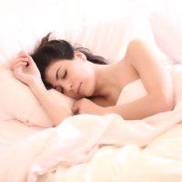 Polyfázový vs. monofázový spánek: Aneb jak získat každý den pár hodin navíc?