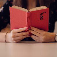 5 motivačních knih, které nakopnou váš osobní rozvoj!